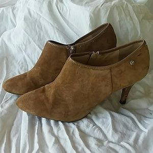 Calvin Klein Size 10 Ankle Bootie Heels Tan Shoes